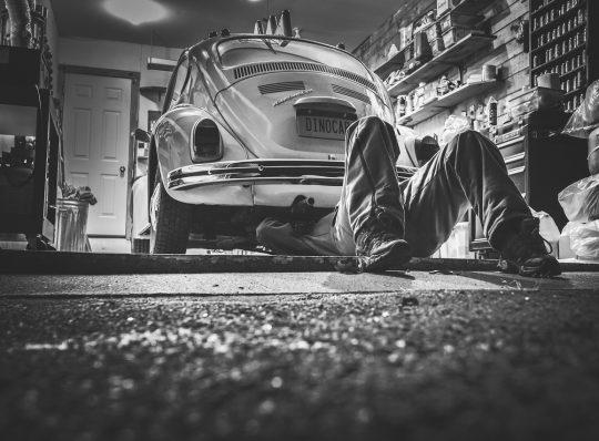 Günstig Autofahren — Der Blick auf die laufenden Kosten